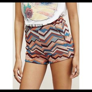 FREE PEOPLE | high waisted chevron knit shorts 2